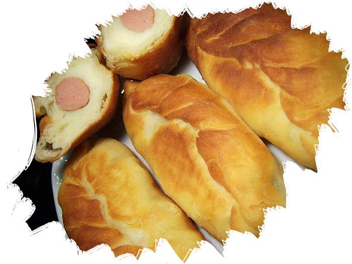 пирожки с сосисками и картофельным пюре