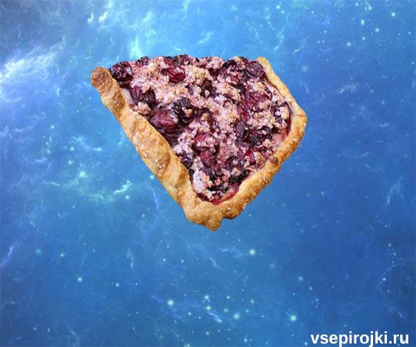 пирог слоеный с вишней фото
