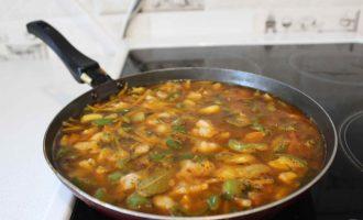 Рассыпчатая гречневая каша с мясом и овощами